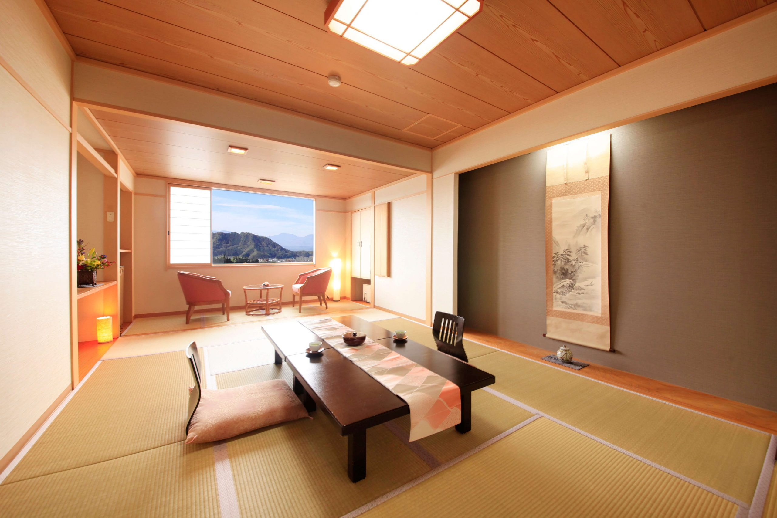 Japanese & Western Rooms