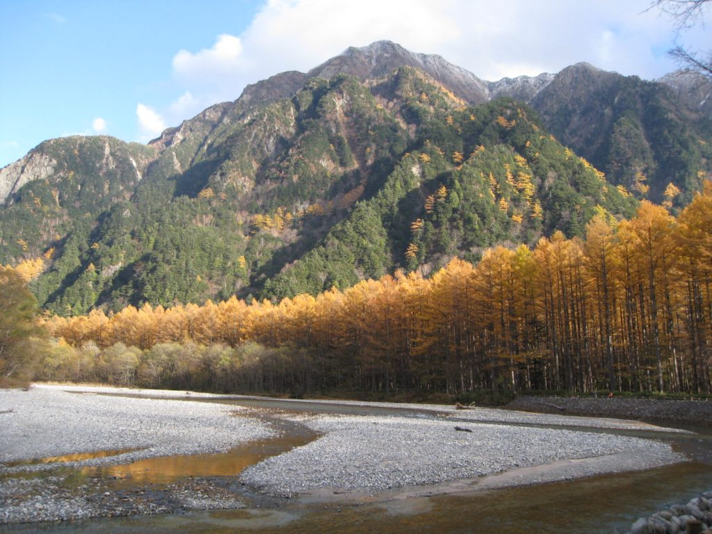 kamikochi-chubu-sangaku-national-park-autumn