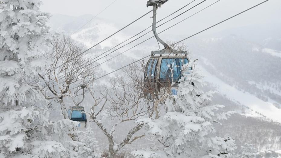 Okushiga Kogen resort ropeway