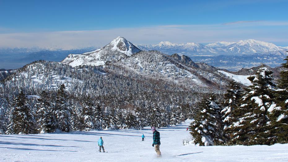Snowboarding in Nagano