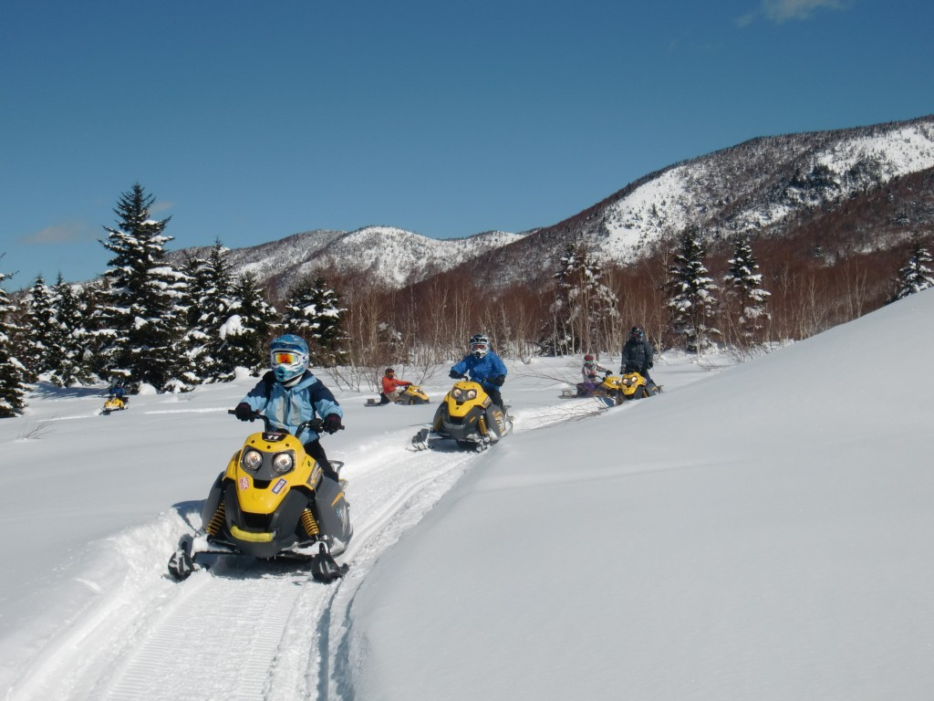 Snowmobile in Shigakogen1