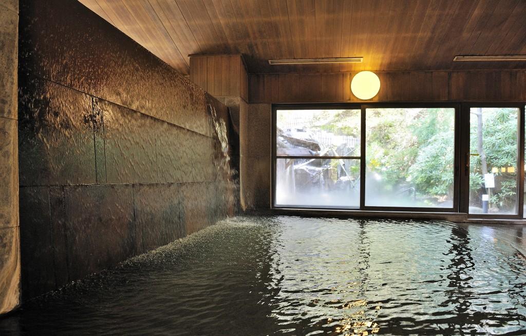 senjukaku onsen indoor 2