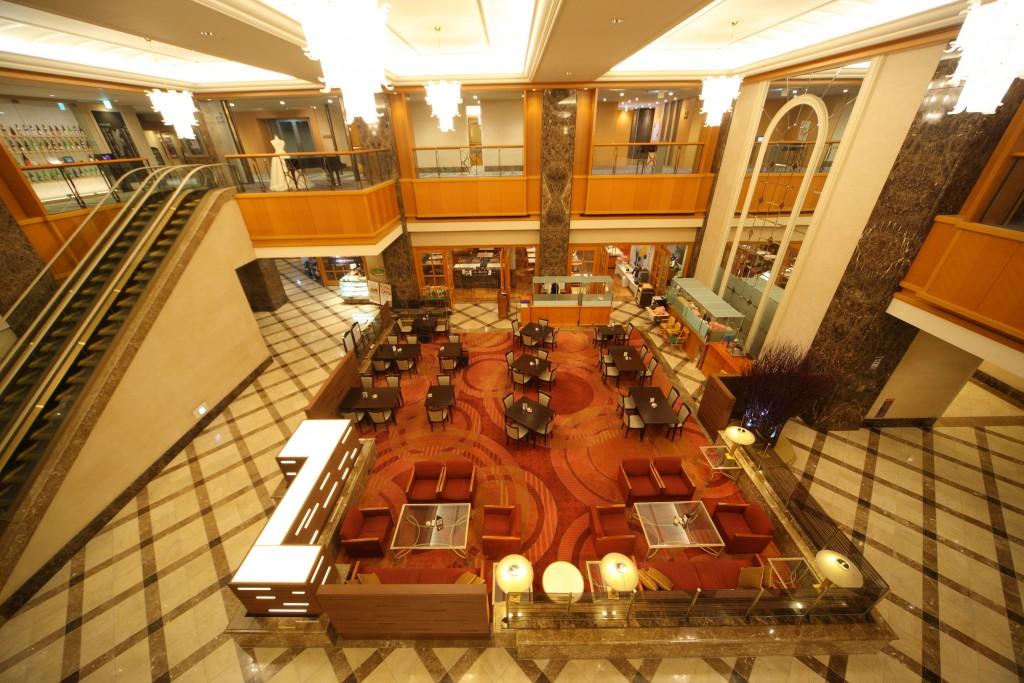 Metropolitan lobby_lounge (1)