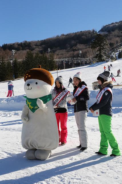shiga kogen first snow festival miss shiga kogen