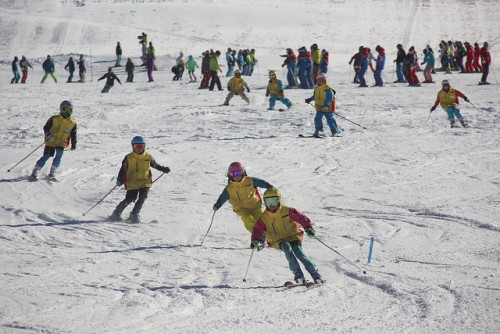 shiga kogen first snow festival ski demonstration