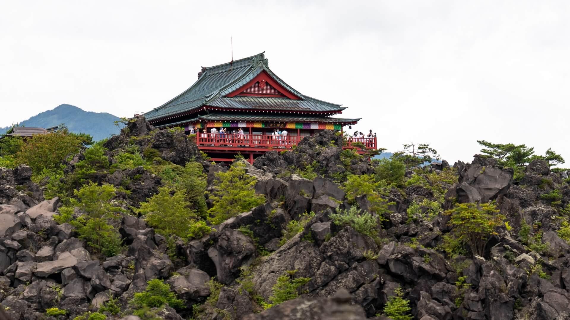 onioshidahi-volcanic-park-gunma