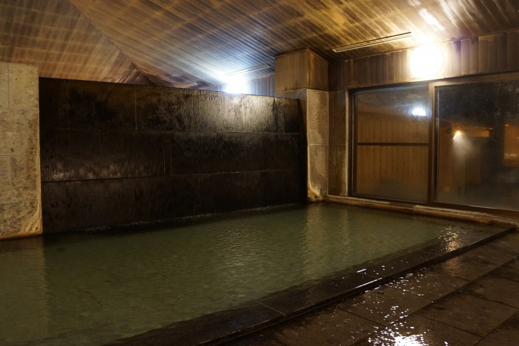 senjukaku indoor hot spring