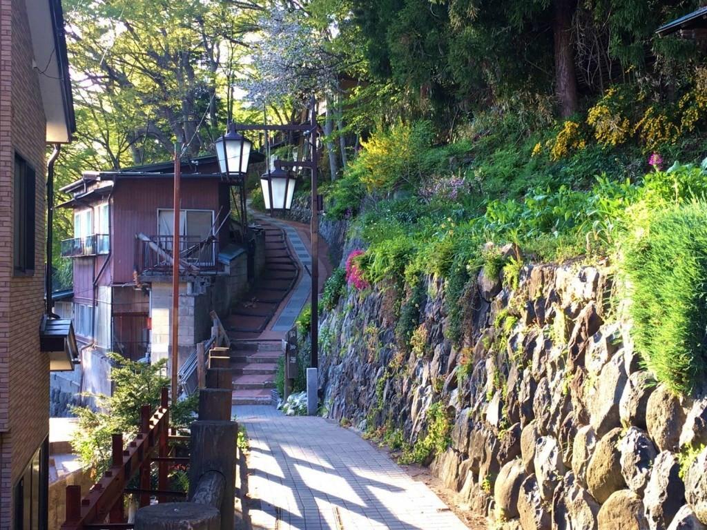 shibu-onsen-street-1024x768