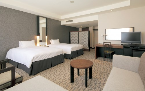 Offering spacious Western-style rooms with private bathrooms