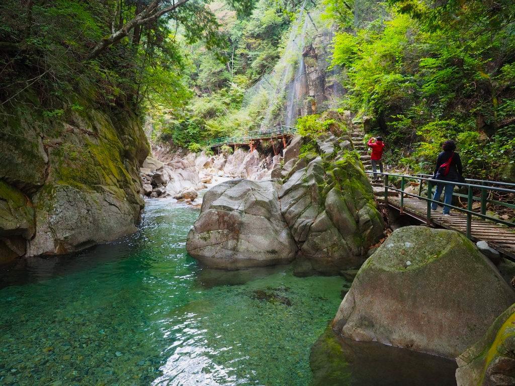 Kakizore Gorge