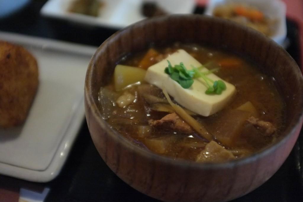 ishii miso tonjiru