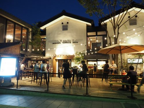 An ideal lunch and dinner venue on the city's historic Omotesando