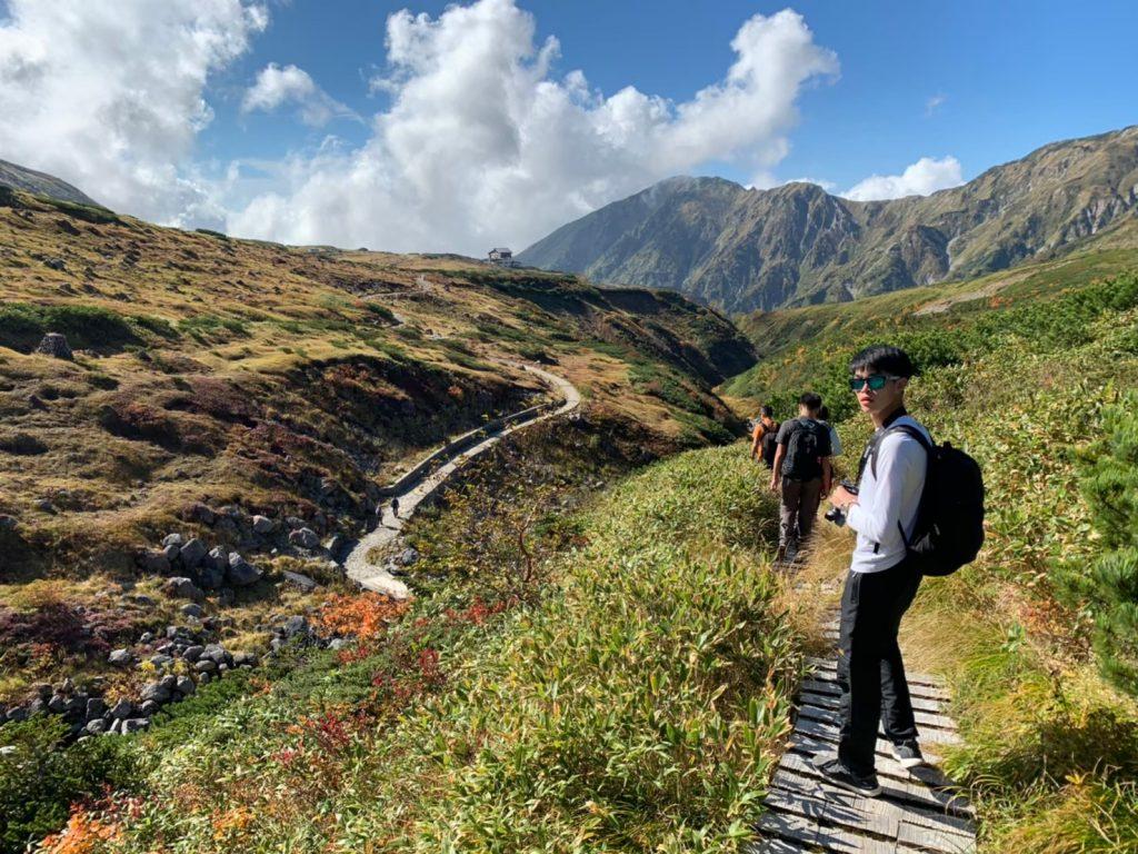 tateyama-kurobe-alpine-route-summer-hiking-tour-guests