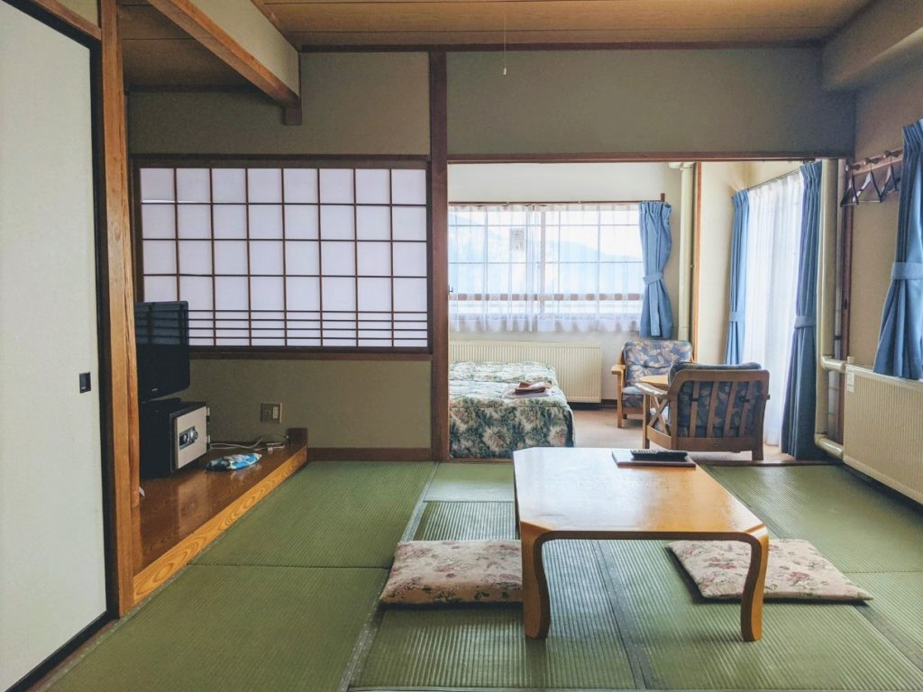 sunny-shiga