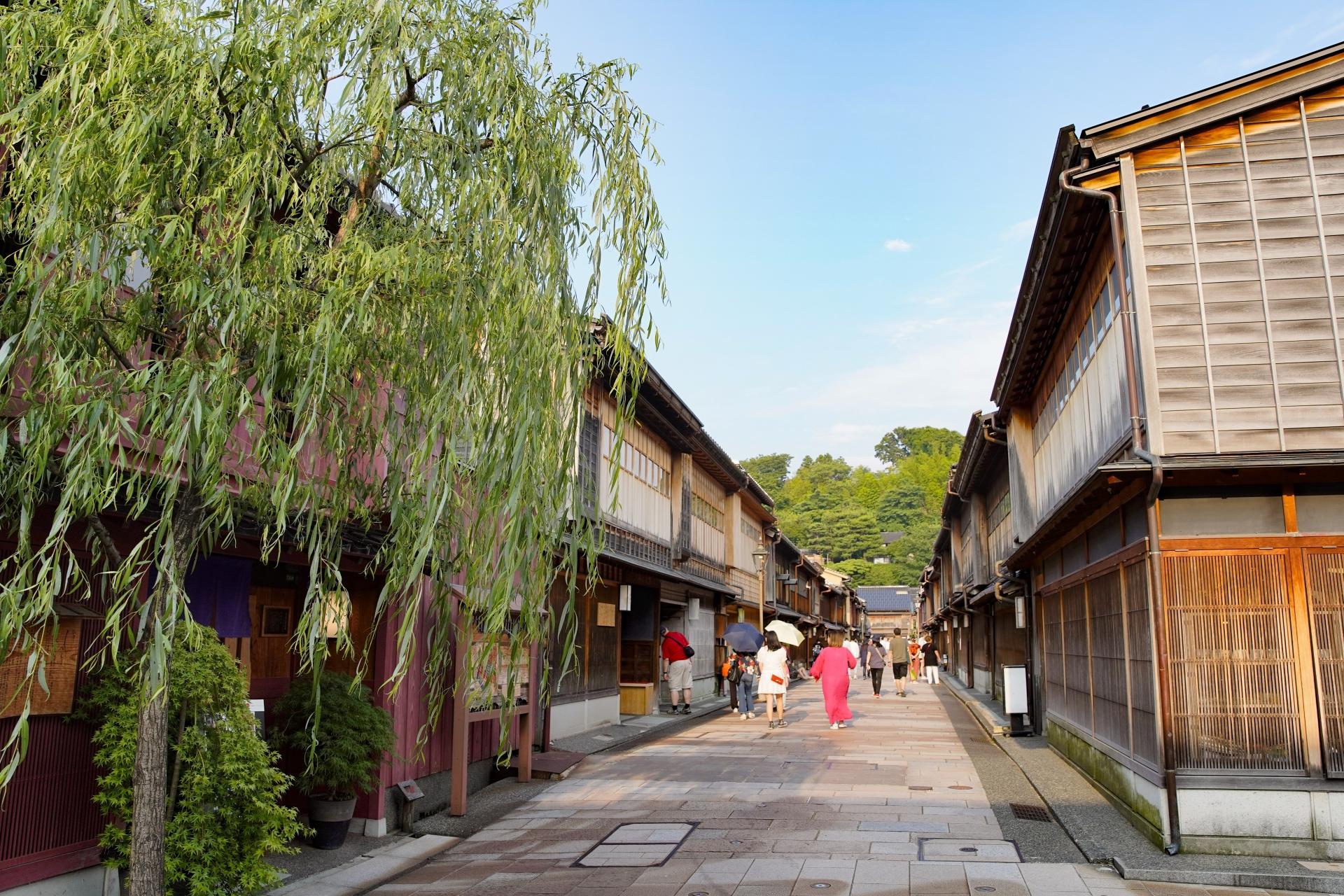 25 Things to Do in & Around Kanazawa