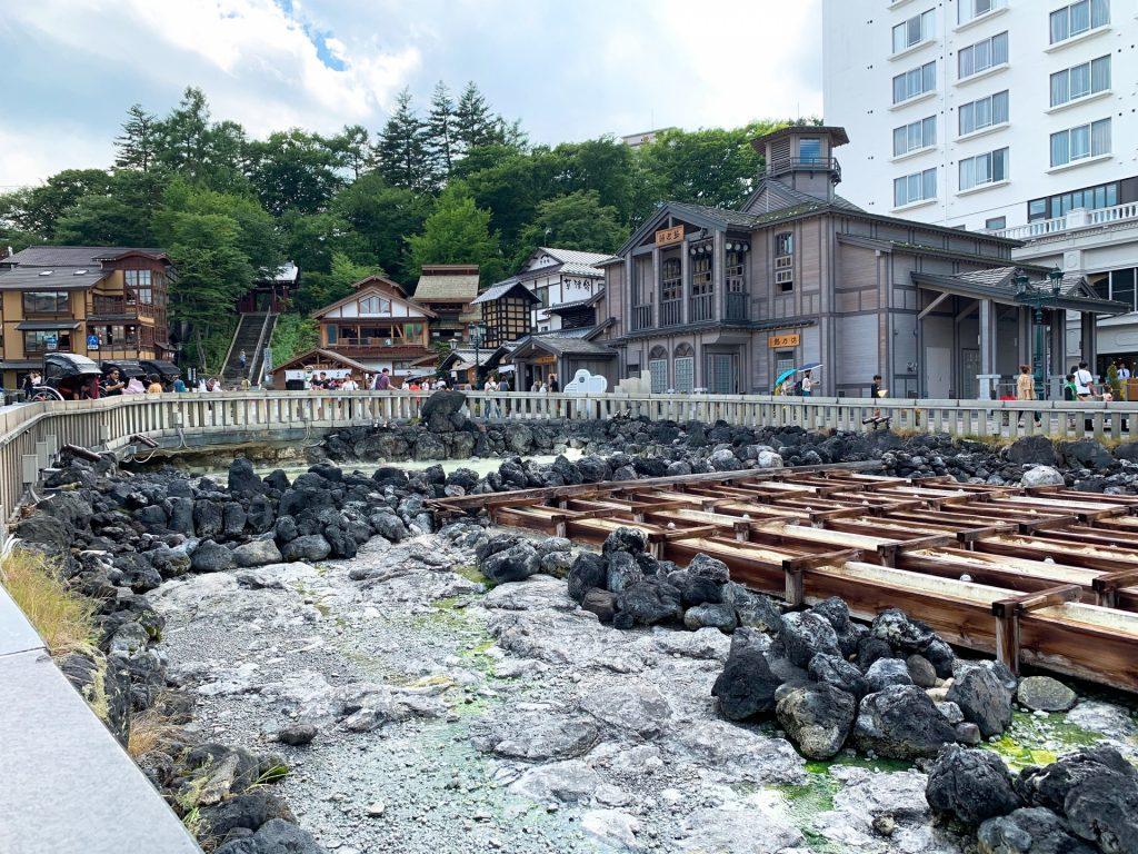 kusatsu-onsen-yubatake