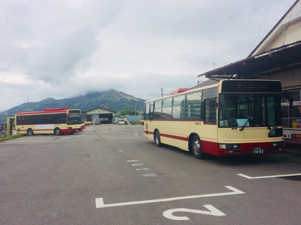 nagaden-yudanaka-local-bus