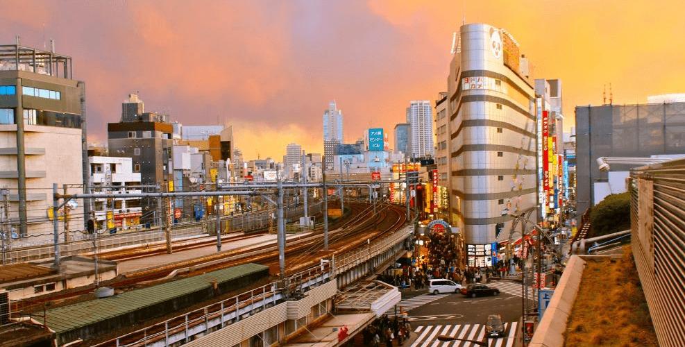 ueno-station-banner-edit