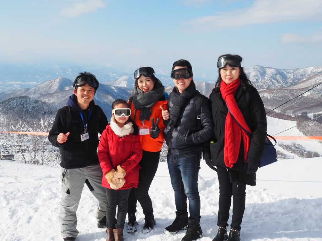 snow-fun-tour-guests-shiga-kogen