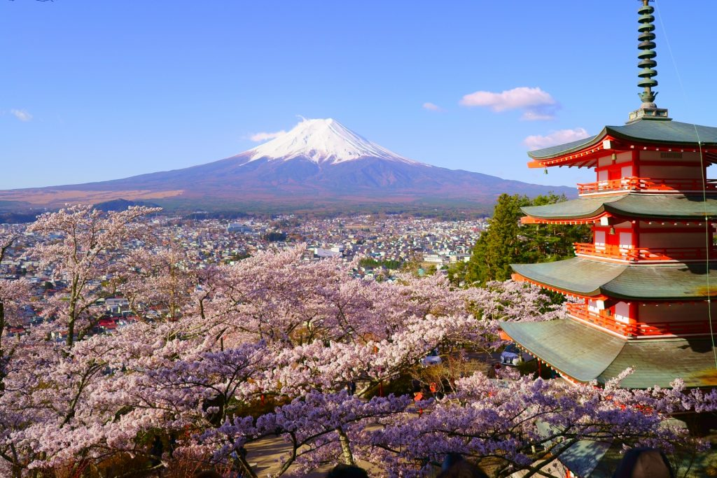 Arakura-Fuji-Sengen-Shrine-Mount-Fuji