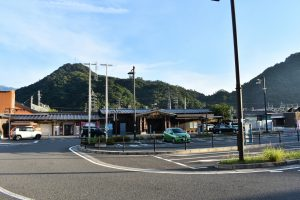 JR-Otsuki-Station-Mount-Fuji