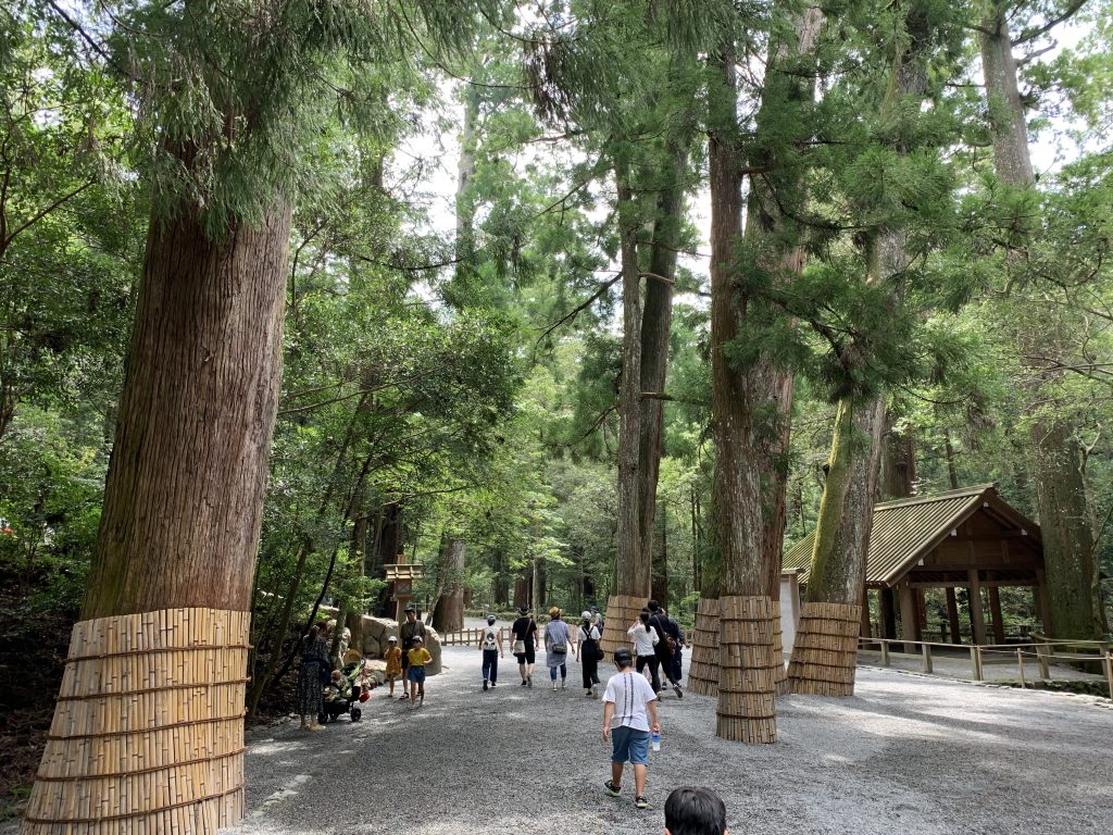 Ise-Grand-Shrine-jingu-naigu