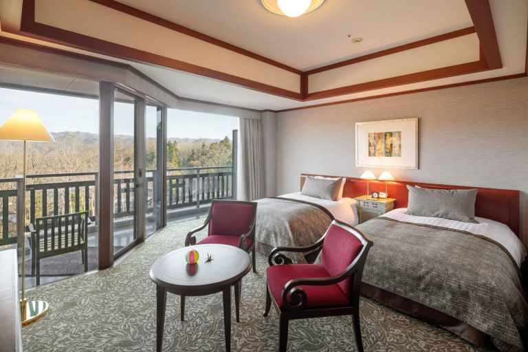 Spacious Western-style Rooms