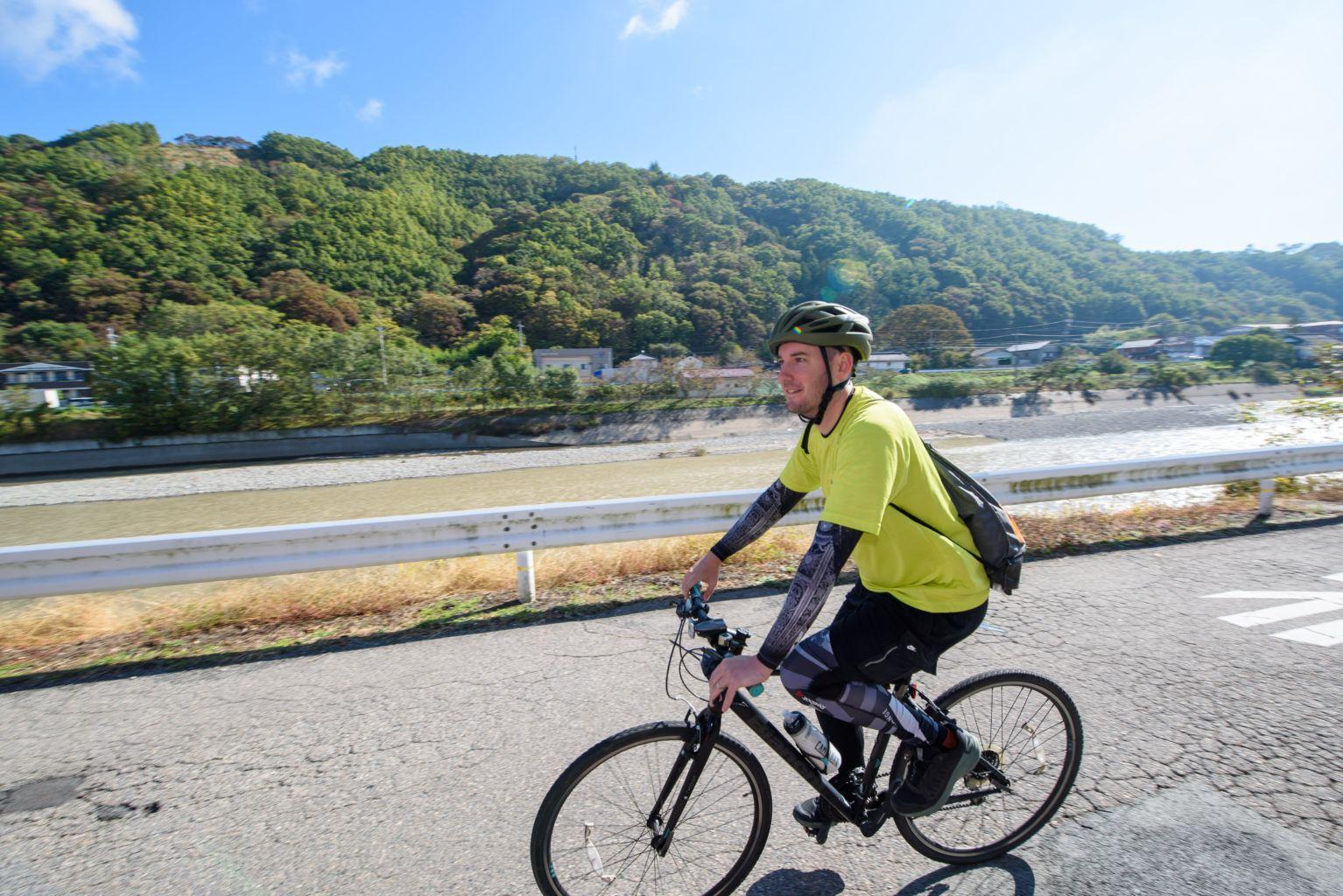 导游的自行车之旅